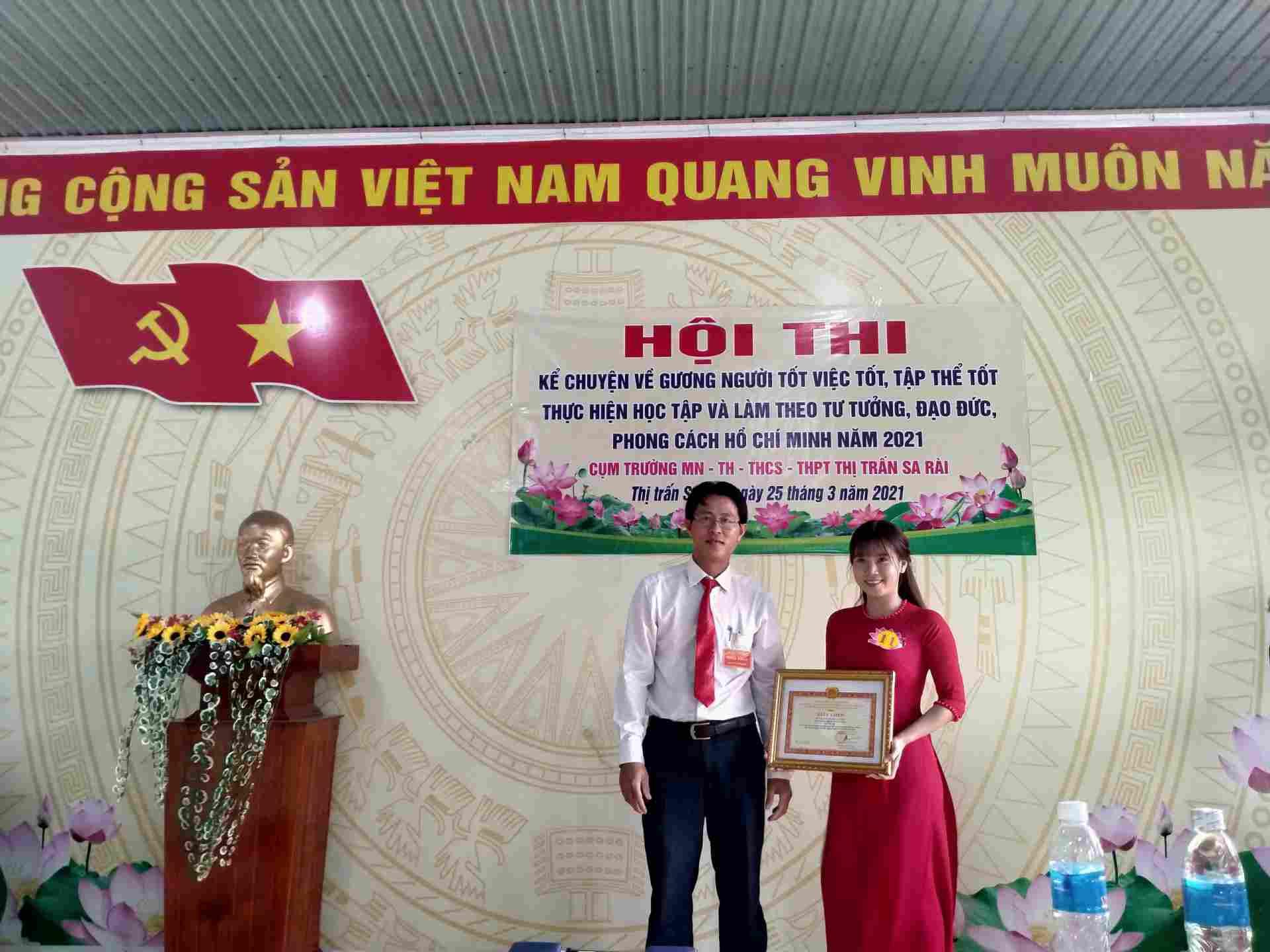 Tuyet Trang giai Nhi